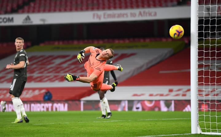 Kết quả Ngoại hạng Anh: Hòa Arsenal, Man Utd lỡ cơ hội bám đuổi Man City - 1