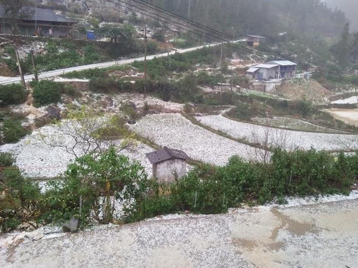 Ngày 27-28 Tết,  Bắc Bộ và Bắc Trung Bộ khả năng xuất hiện mưa đá và lốc sét - 1