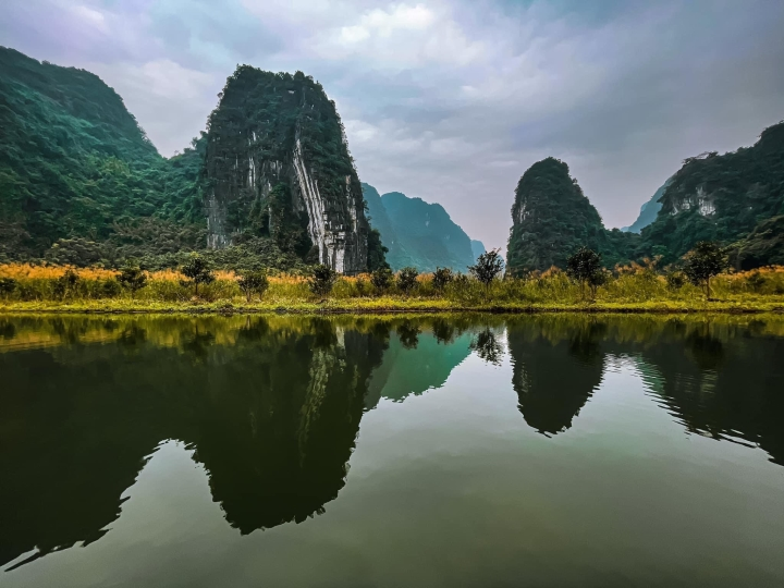 Ba điểm đến ở Ninh Bình đẹp như tiên cảnh thu hút giới trẻ dịp Tết Âm lịch 2021 - 12