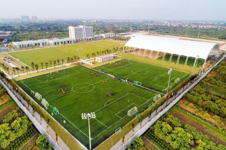 Vingroup chuyển giao Trung tâm PVF cho Tập đoàn Giáo dục Văn Lang - 2