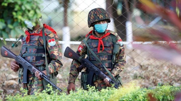 نمایندگان مجلس میانمار 24 ساعت فرصت دارند پایتخت را ترک کنند - 1