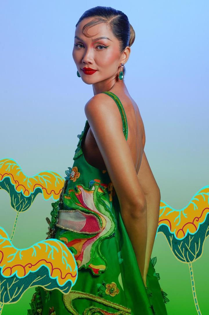 H'Hen Nie hoá thân mỹ nữ trong tranh Đông Hồ - 8