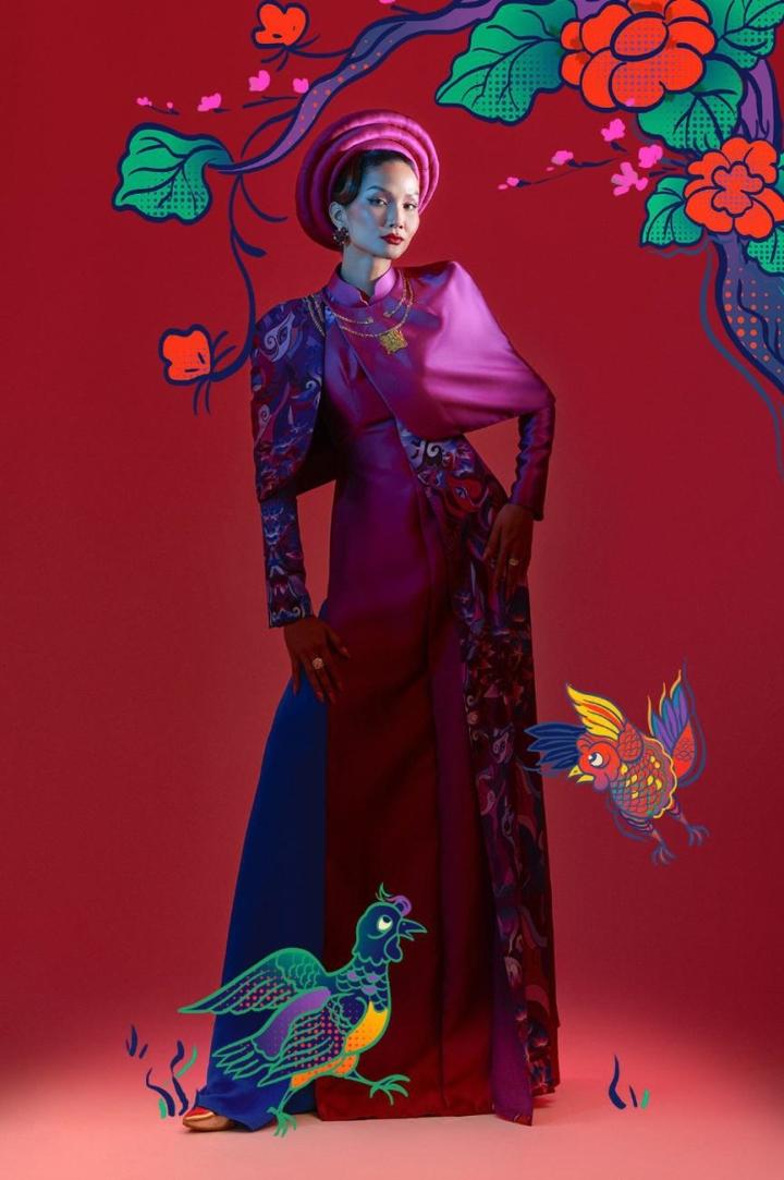 H'Hen Nie hoá thân mỹ nữ trong tranh Đông Hồ - 2