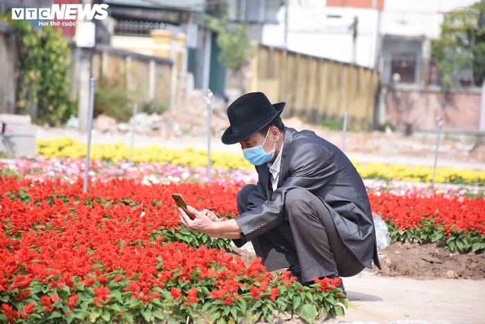 Ảnh: Chiều mùng 1 Tết vắng lặng tại tâm dịch Chí Linh - 7