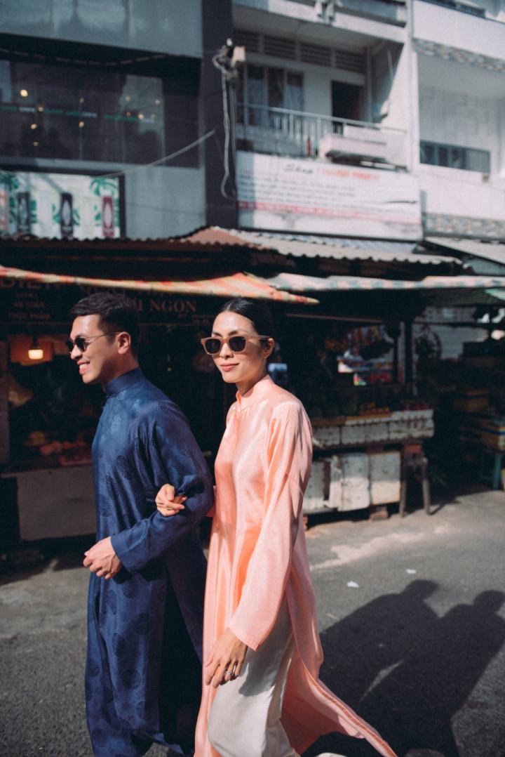 Tăng Thanh Hà diện áo dài sánh bước cùng người mẫu Quang Tuyến - 3