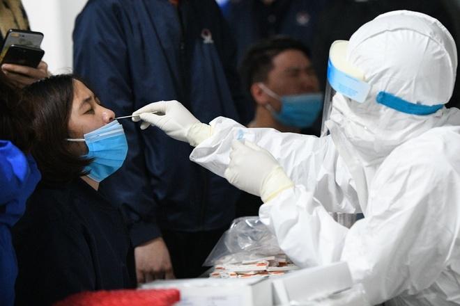 Ba biến chủng SARS-CoV-2 mới tại Việt Nam nguy hiểm thế nào?