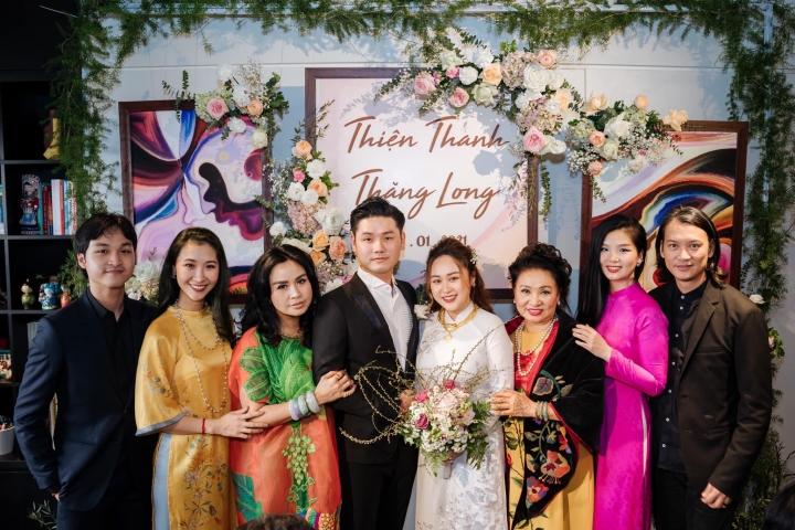 Ảnh lễ ăn hỏi và tiệc cưới của con gái diva Thanh Lam - 7