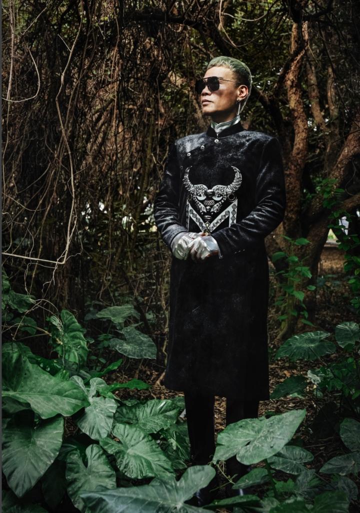 Ngắm bộ sưu tập áo dài veston tinh tế của NTK Tiến Lợi  - 4