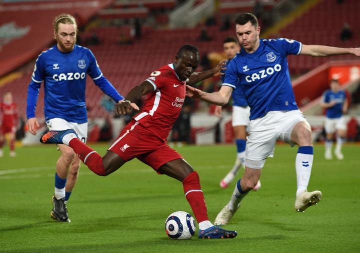 Kết quả Ngoại Hạng Anh: Thua Everton, Liverpool dễ mất suất dự Champions League - 2