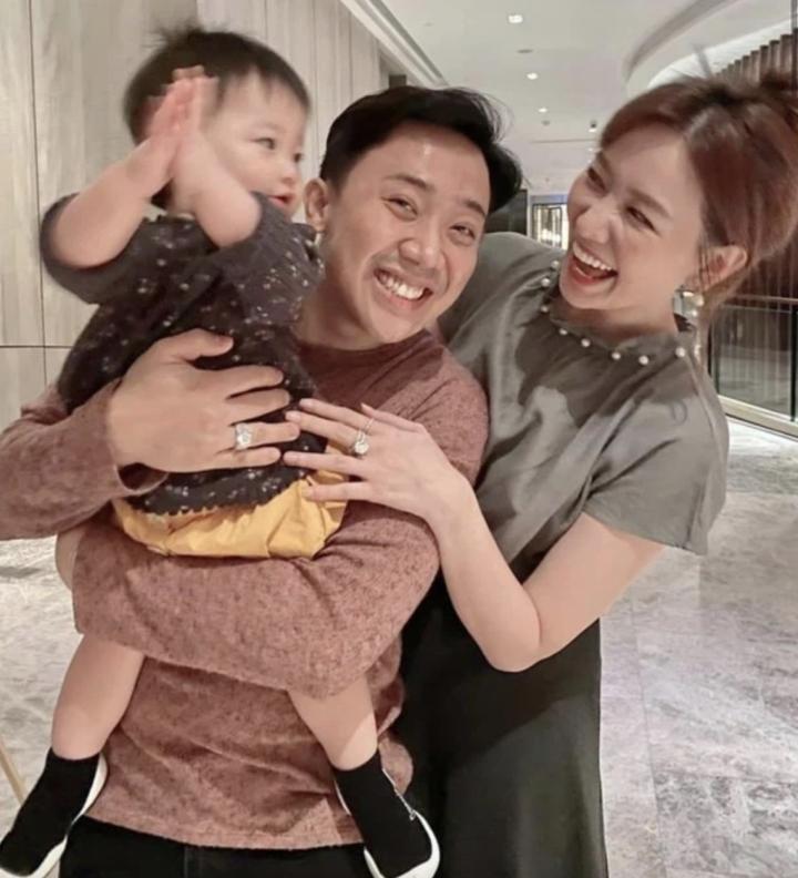 Trấn Thành: Chưa bác sỹ nào bảo Hari Won khó có con - 1