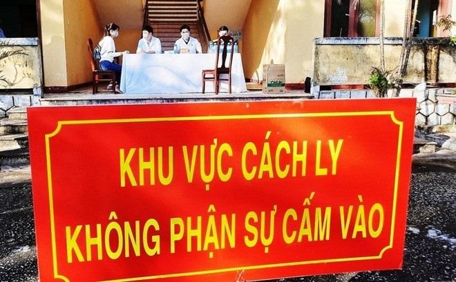 Vi phạm giãn cách, 2 người Trung Quốc ở Hải Dương bị phạt 15 triệu đồng - 1