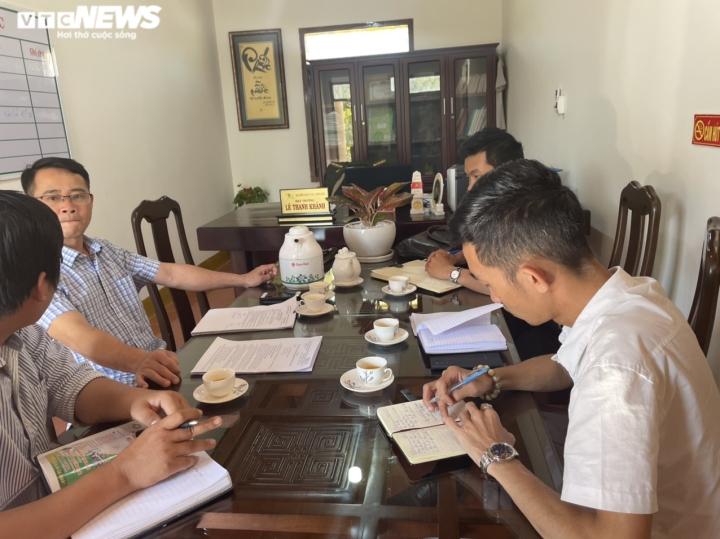 Lợi dụng Tết Nguyên đán, lâm tặc lại 'xẻ thịt' rừng tự nhiên ở Đắk Lắk - 2