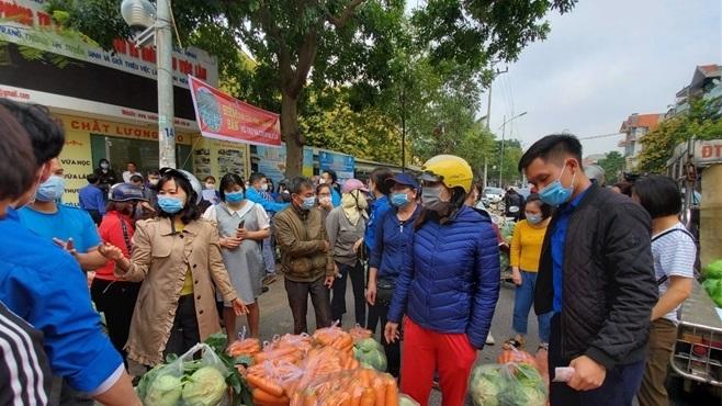 Người Bắc Ninh 'giải cứu' 5,5 tấn nông sản Hải Dương chỉ trong 1 giờ - 1
