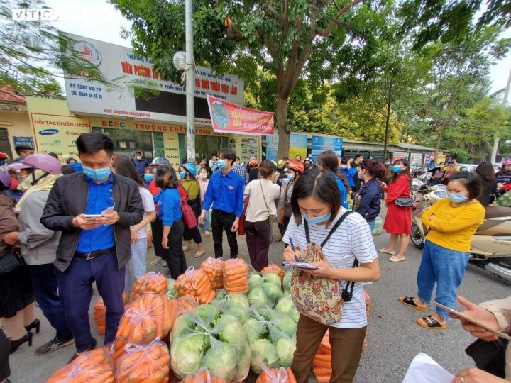Người Bắc Ninh 'giải cứu' 5,5 tấn nông sản Hải Dương chỉ trong 1 giờ - 7