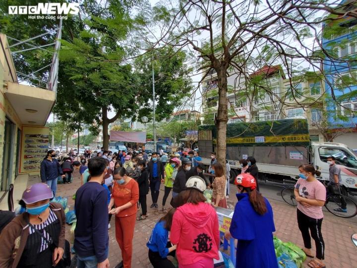 Người Bắc Ninh 'giải cứu' 5,5 tấn nông sản Hải Dương chỉ trong 1 giờ - 3