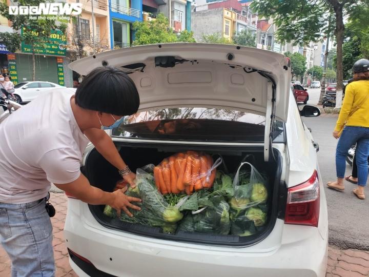 Người Bắc Ninh 'giải cứu' 5,5 tấn nông sản Hải Dương chỉ trong 1 giờ - 6