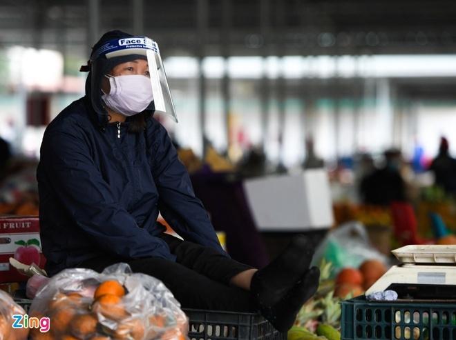 COVID-19 lan thu 3 bung phat, doanh nghiep Viet chiu anh huong the nao?