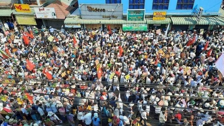 Trung Quốc: Đất nước thua cuộc trong chính biến Myanmar - 1