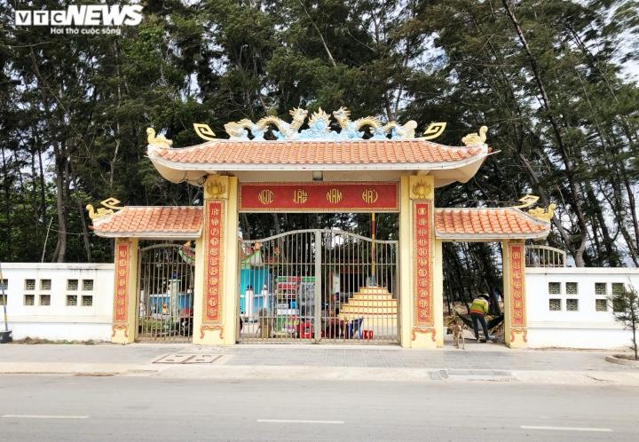 Ảnh: Nghĩa địa cá voi độc nhất Việt Nam - 1