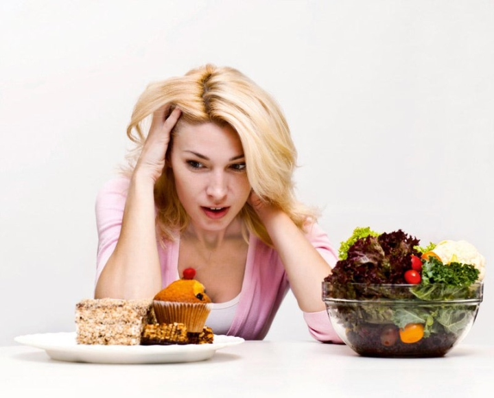 12 thói quen vào ban đêm khiến bạn tăng cân - 2
