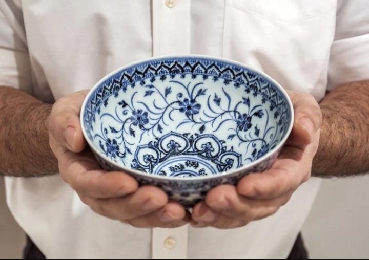 Bỏ hơn 800 nghìn đồng, người đàn ông mua trúng bát cổ siêu quý của Trung Quốc - 1