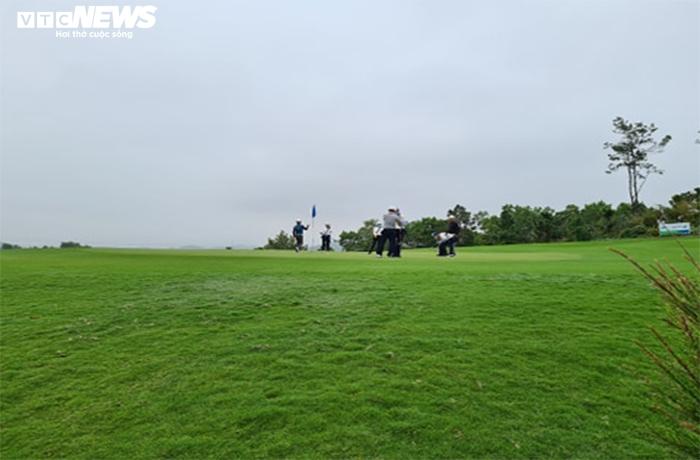 Thanh tra dự án sân golf FLC Quảng Ninh: Loạt sai phạm 'tày trời' - 2