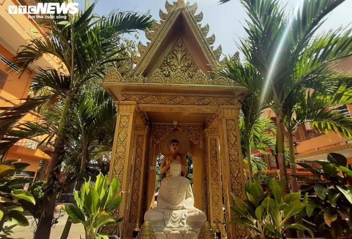 Ảnh: Ngôi chùa kiến trúc Khmer đầu tiên ở Sài Gòn - 6