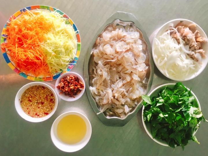 Món ngon mỗi ngày: Cách làm nộm sứa giòn, mát - 1