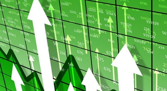 Nhà đầu tư hào hứng, chứng khoán lại có đỉnh cao mới - 1
