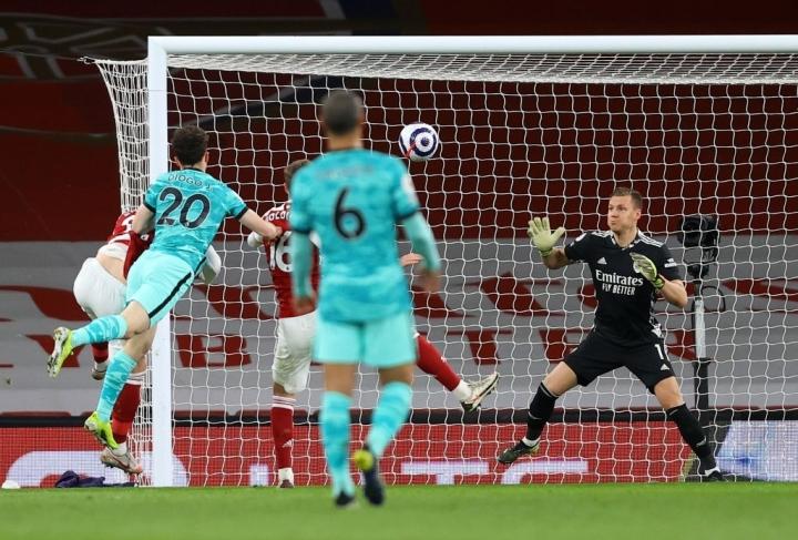 Kết quả Ngoại hạng Anh: Siêu dự bị tỏa sáng, Liverpool đè bẹp Arsenal  - 2
