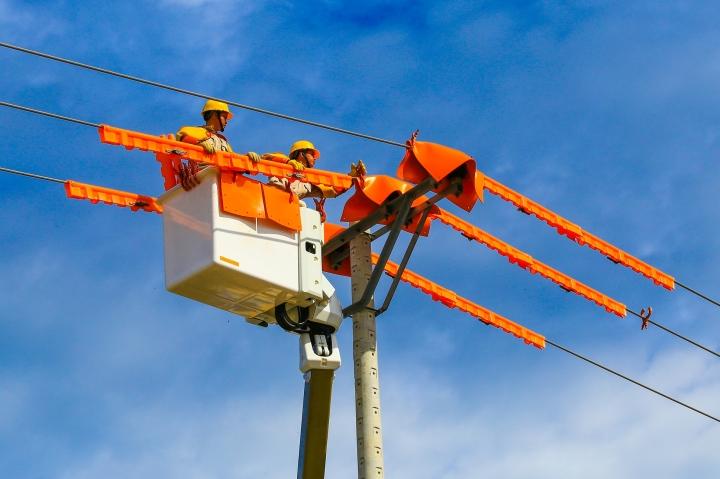EVN: Không lo thiếu điện trong quý 2/2021 - 1