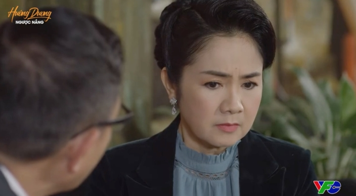 'Hướng dương ngược nắng' tập 53: Ông Quân tỏ tình với bà Bạch Cúc