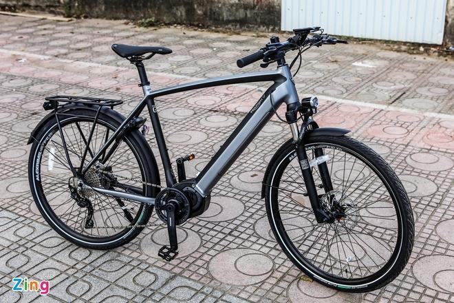 Chi tiết xe đạp Triumph Trekker GT giá hơn 100 triệu đồng tại Việt Nam - 2