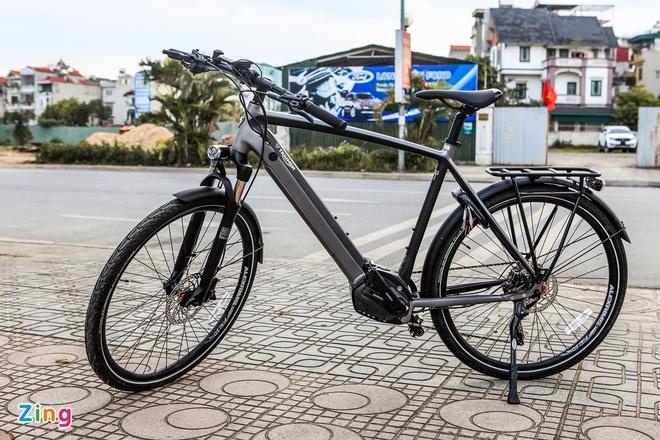 Chi tiết xe đạp Triumph Trekker GT giá hơn 100 triệu đồng tại Việt Nam - 1