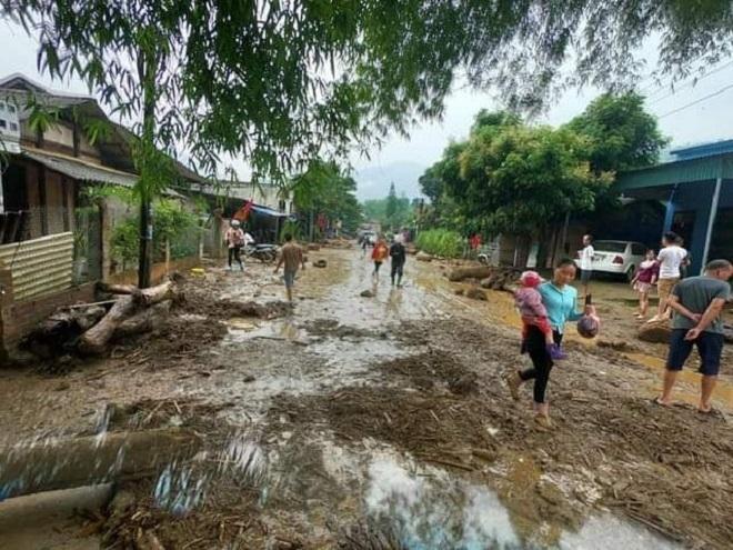 Ảnh: Cảnh tan hoang nơi lũ ống quét qua cuốn trôi 3 người ở Lào Cai - 3
