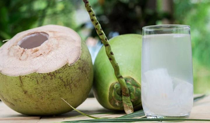 Uống nước dừa mỗi ngày có tốt cho sức khỏe? - 1