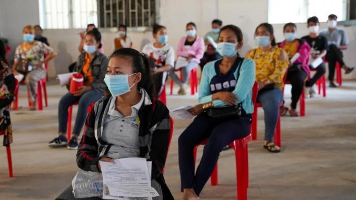 COVID-19 bùng phát: Bệnh viện Ấn Độ thiếu oxy, đài hóa thân quá tải - 2