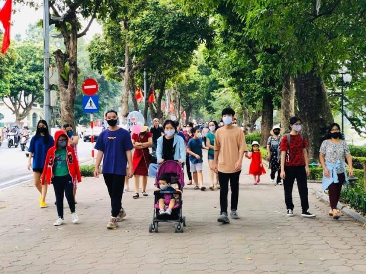 Hà Nội tạm dừng các lễ hội, phố đi bộ Hồ Gươm để phòng dịch COVID-19 - 1