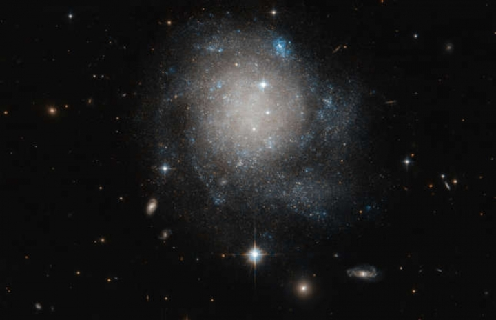 Chiêm ngưỡng hình ảnh ấn tượng của vũ trụ được NASA ghi lại - 3
