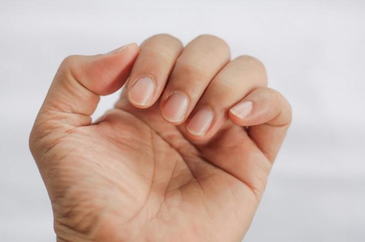 Những bộ phận cơ thể bạn tuyệt đối không nên chạm tay vào - 8
