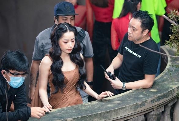 Chi Pu phủ nhận mâu thuẫn với Victor Vũ, bị gạt khỏi phim 'Thiên thần hộ mệnh'