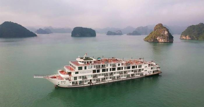 Kết quả xét nghiệm đầu bếp phục vụ tàu tham quan vịnh Hạ Long, Quảng Ninh