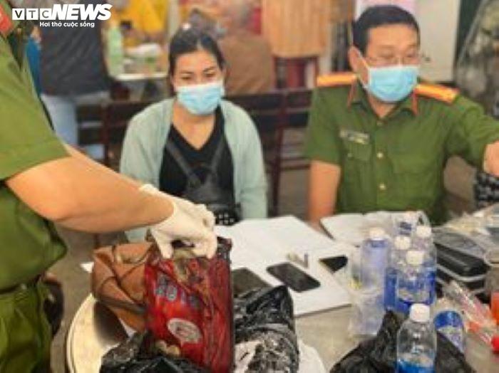 Vụ cháy làm 8 người chết ở TP.HCM: Đau đớn sau một đêm mất vợ và 3 con - 2