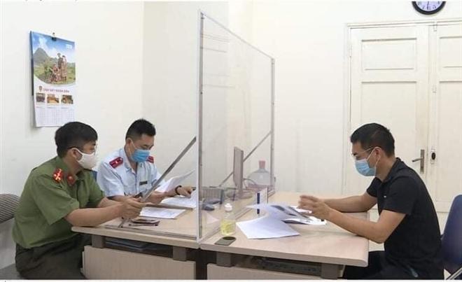 Tung tin phong tỏa Hà Nội, chủ kênh 'Hà Nội Phố' bị phạt hơn 12 triệu đồng - 1