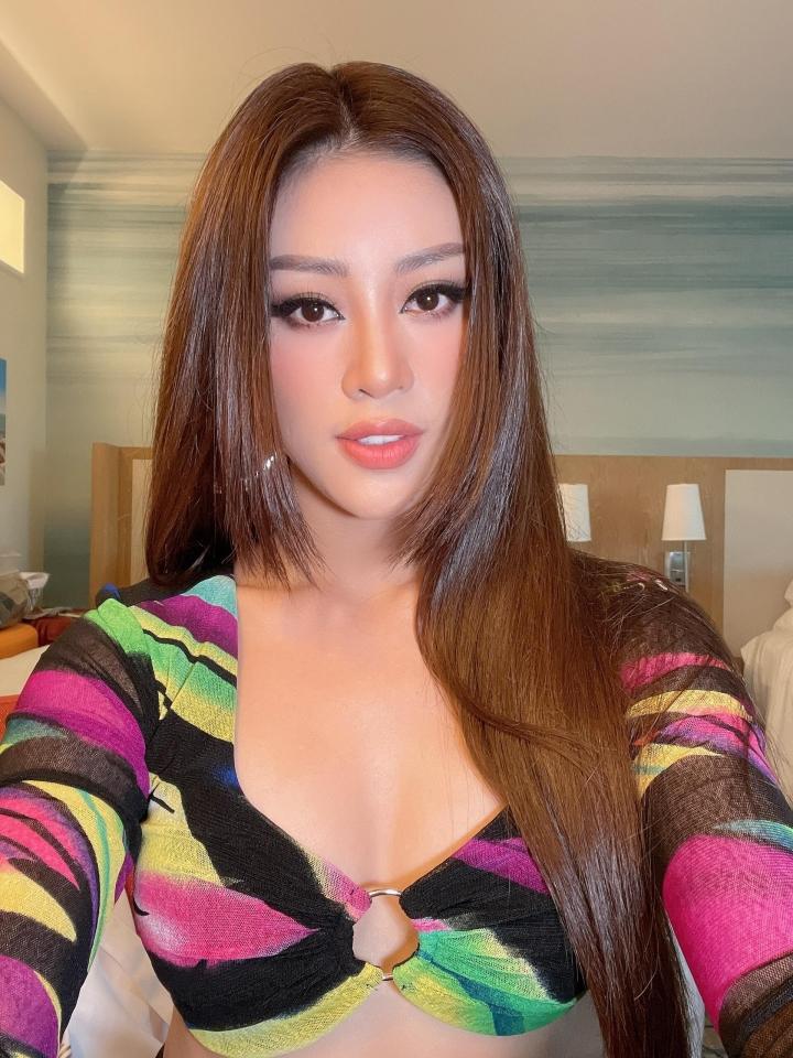Hoa hậu Khánh Vân khoe eo con kiến trong ngày tập đầu tiên ở Miss Universe - 1