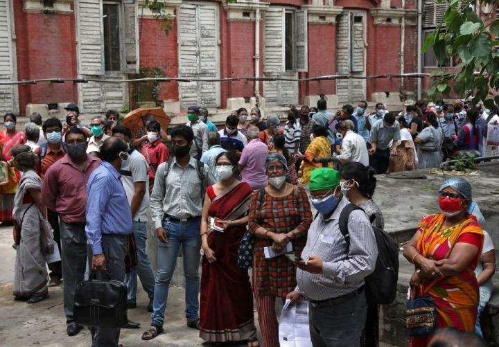 هند: روزانه 4120 کشته ، 12 حزب مخالف بر اقدام دولت اصرار دارند - 1