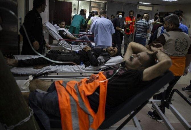 فاجعه بیمارستان غزه: پزشک هنگام درمان و مبارزه با COVID-19 بر اثر بمب می میرد - 1