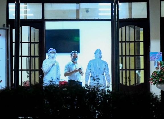 Nhân viên âm tính SARS-CoV-2 nghi chơi golf trong giờ làm việc: Bộ GTVT nói gì?