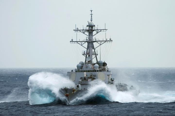 چین با صدای بلند از اخراج کشتی جنگی آمریکایی که به پاراسلسوس نزدیک شد خبر می دهد - 1