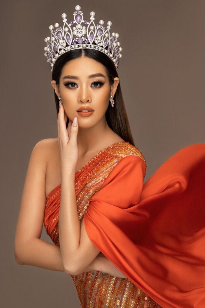 Nhan sắc 4 mỹ nhân Việt từng lọt top khi thi Hoa hậu Hoàn vũ - 2